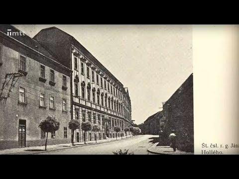 Gymnázium Jána Hollého má 100 rokov